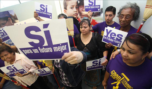 Houston janitors' strike may spread to other cities