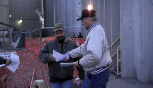 Pressure grows on sugar company to end lockout