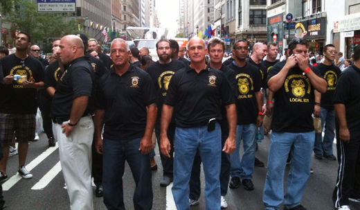 Thousands fill New York's Fifth Ave. to celebrate labor
