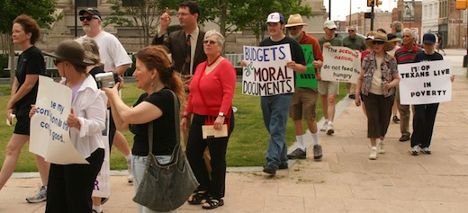 """In Dallas, Good Friday march seeks """"moral budget"""""""