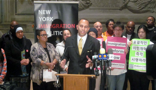 Immigration reform fight begins in earnest