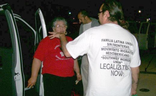 Texans join Arizona's anti-SB 1070 mega-march
