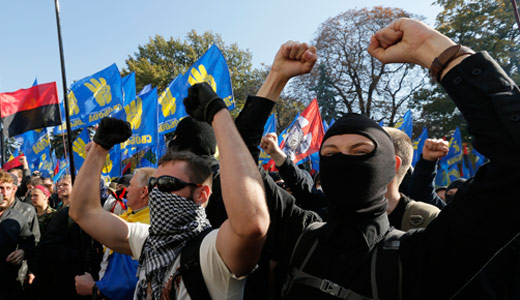 Ukraine fascists turn against right-wing government