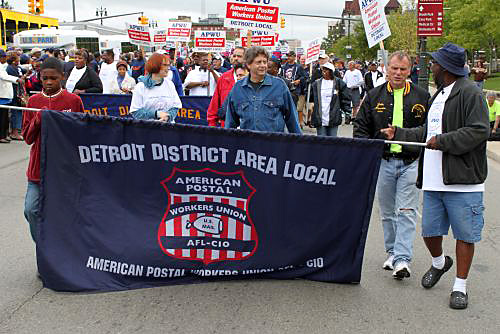 """Letter carriers """"looked good"""" on Labor Day"""