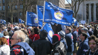 Letter carriers rally for six day delivery