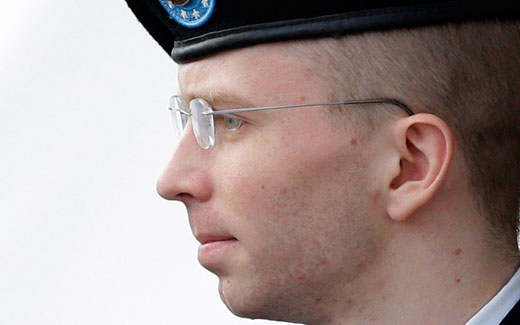 Manning gets 35 years, will seek White House pardon