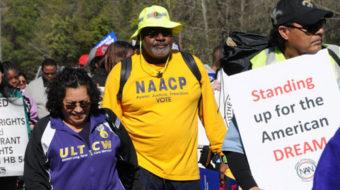 Hundreds continue Selma-Montgomery march across Alabama