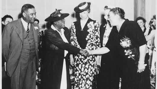 Today in women's history: Mary McLeod Bethune honored
