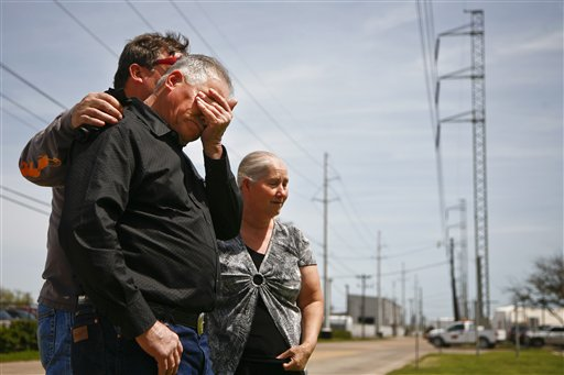 On anniversary of BP blast, judge speaks out for strikers
