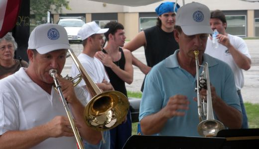 Trumpet-makers on strike get a brass band boost