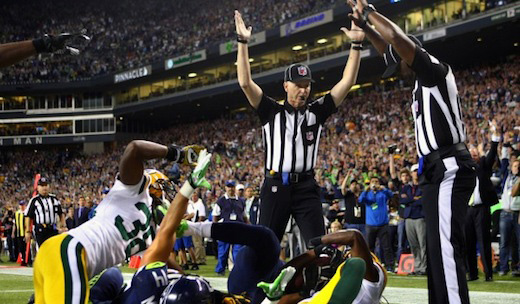 NFL players to owners: End lockout of refs