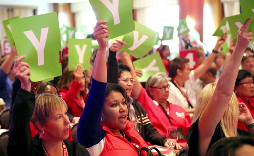 Nurses, at New Orleans gathering, reaffirm backing for Sanders