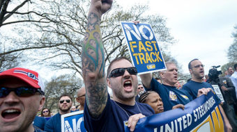 Unions and environmentalists descend on DC to oppose fast track