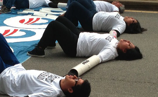 """Protesters to Obama: """"400,000, not one more deportation"""""""