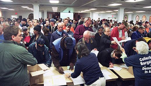 Ohio labor launches petition drive to repeal anti-labor bill