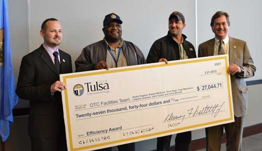Tulsa city workers win fight vs. privatization with creative strategy