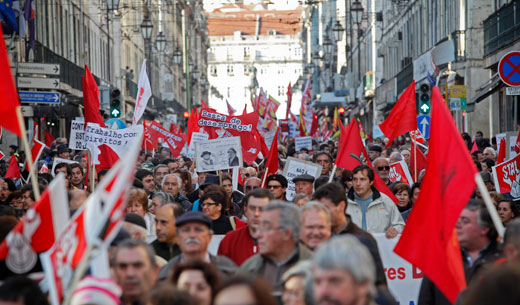 Massive demonstrations challenge anti-worker policies in Portugal, Spain