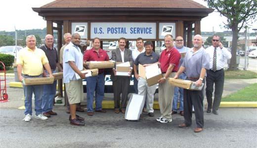 Workers blast threat to shut down U.S. Postal Service