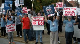 Postal workers rally in St. Louis (video)