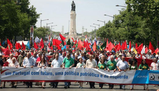 Massive anti-austerity march as Portugal prepares for national elections