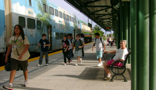 Florida tea party governor rejects Obama's rail funds