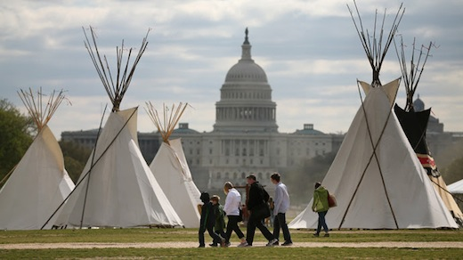 Keystone XL pipeline protest draws thousands