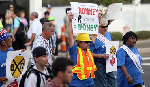 Polls show Romney's ship running aground