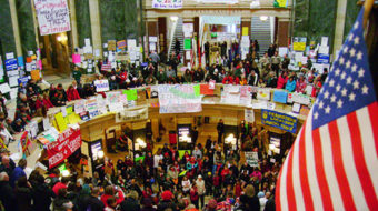 Judge orders Wis. Capitol open to protesters