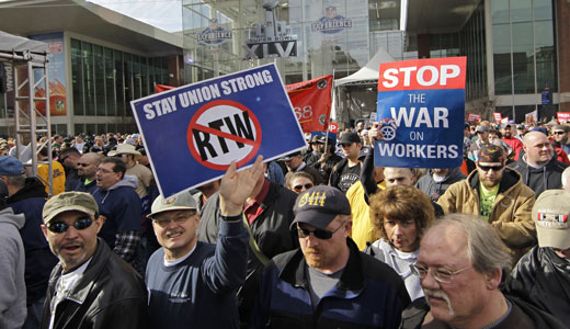"Labor and business economists call ""right to work"" unworkable"