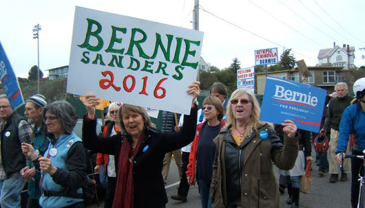 Wash. mill town workers march for Bernie