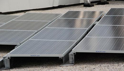 Obama talks clean energy jobs, LA launches solar rooftop program
