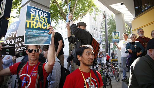 House votes to approve Fast Track