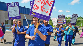 St. Paul laundry workers picket for fair contract