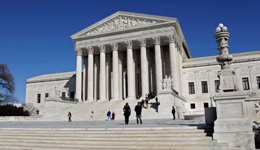 Justices hear right-wing scheme to trash union fees