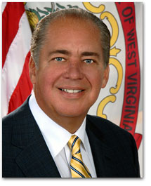 W.Va. Democrat Tomblin beats back right wing in governor's race
