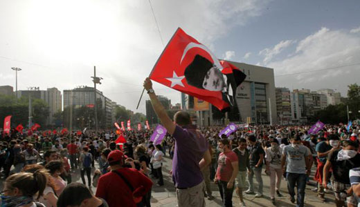 Leading Communists among those arrested in Turkey