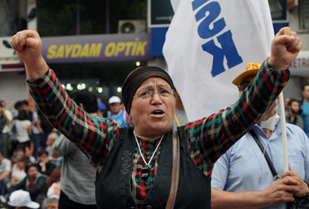 Labor a big part of protests in 77 Turkish cities