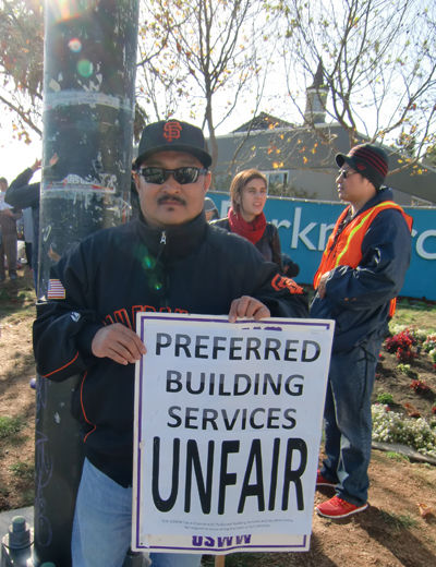 "Workers and their union, SEIU, fight for housing at ""pop-up"" Thanksgiving"