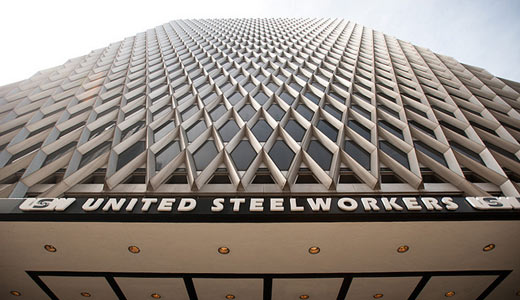 Jubilant Steelworkers defeat lockout and win gains