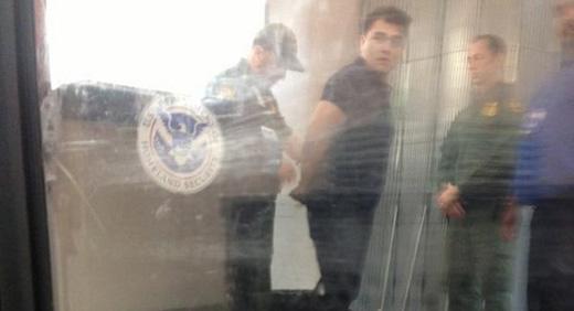Jose Antonio Vargas, immigrant rights leader, arrested by border patrol