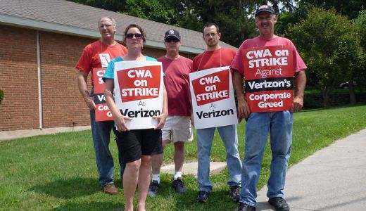 Verizon threatens strikers with health care cutoff