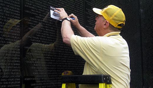 "Republicans ""pledge"" to slash veterans benefits"