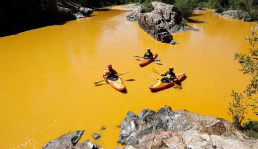 Mine waste spill fouls water in Colorado and New Mexico
