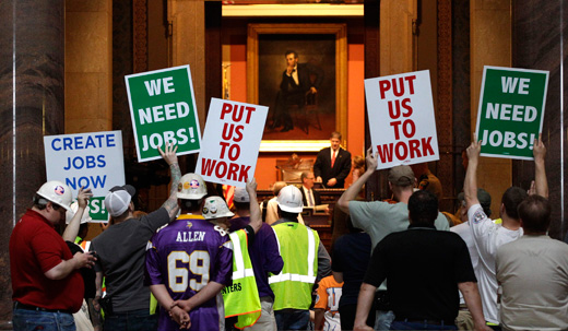 Minnesota unions urge action on jobs as legislature convenes