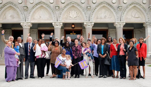 Home care workers win union rights