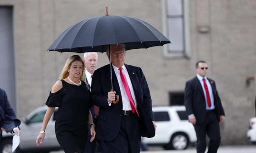 Donald Trump: Briber in chief?