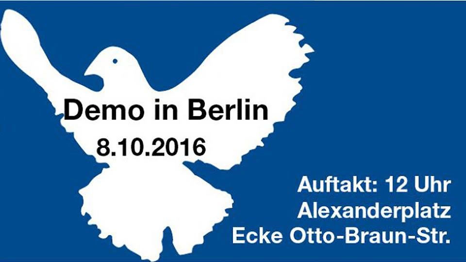 Berlin: Peace demonstration, political parties