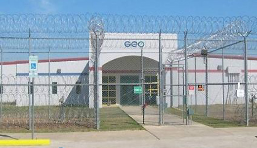 Obama administration to end prisons-for-profits contracts