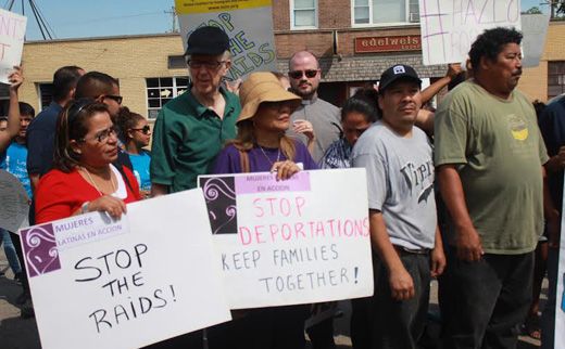 Chicago alderman Rosa, community, activists denounce ICE raids on day laborers