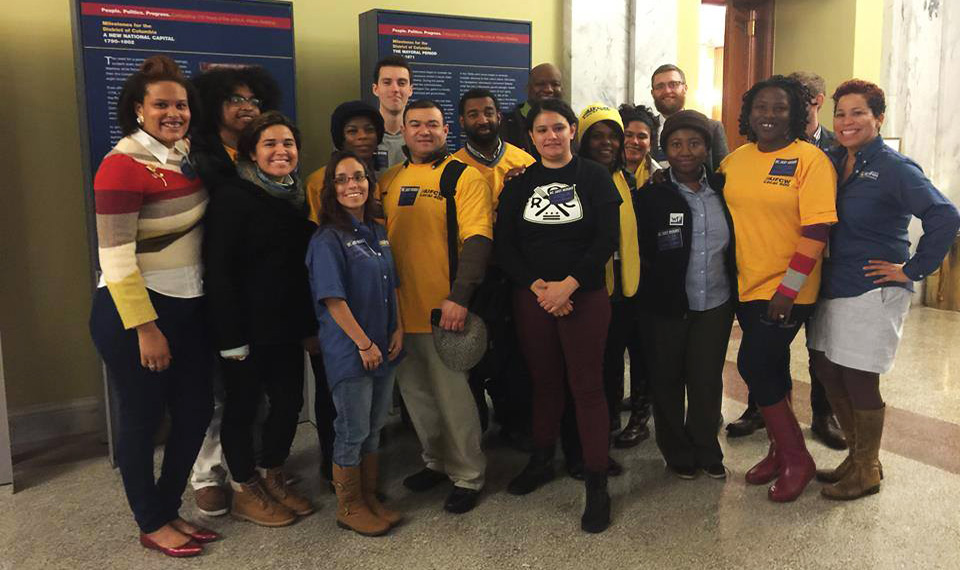 Grocery workers in DC-Baltimore region extend bargaining talks